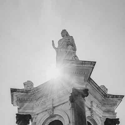 Queen Victoria Monument Melbourne